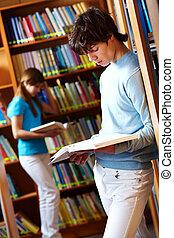 à, bibliothèque