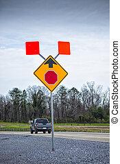 à frente, sinal parada, aviso, novo, estrada