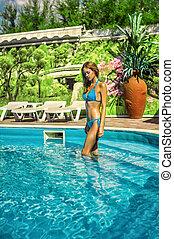 água azul, ficar, biquíni, piscina, recurso, ao ar livre, mulher, desgastar