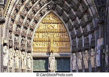 água catedral colônia