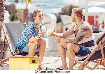 água, coco, praia, par, tendo