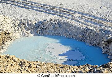 água, em, branca, pedra calcária, pedreira