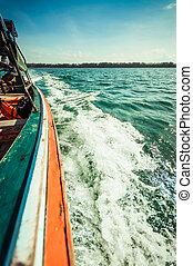 água, espuma, closeup, lado, bote