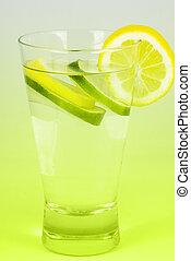 água, refresco