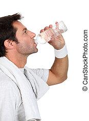 água, retrato, bebendo, homem