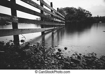água tranqüila, de, lago, windermere