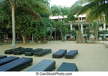 ágyak, tengerpart