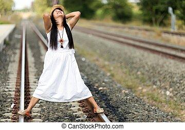 álló, útvonal, vasút, nő, fiatal