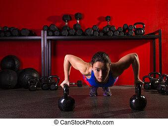 állomány, tréning, push-up, nő, kettlebells, tornaterem