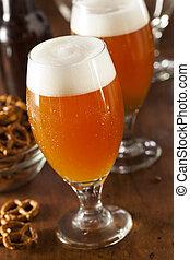 ámbar, cerveza, cerveza inglesa, refrescante, belga