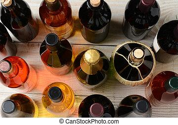 ángulo alto, botellas, vino