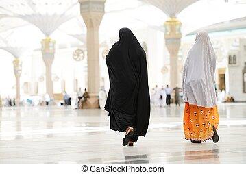 árabe, musulmán, dos, ambulante, mujeres