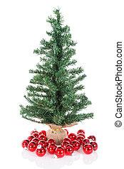 árbol de navidad, con, rojo, pelotas, aislado, en, blanco