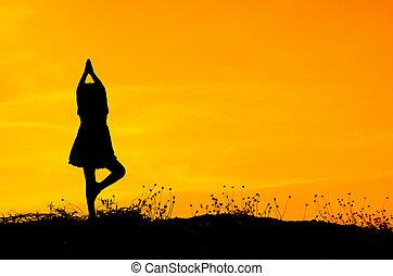 árnykép, közül, egy, gyönyörű, jóga, leány, alatt, a, reggel, noha, copyspace