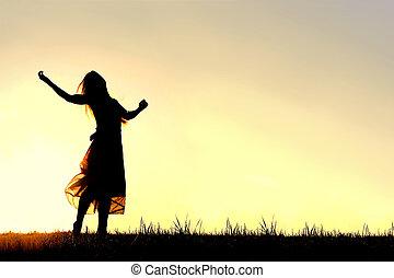 árnykép, közül, woman táncol, és, dicséret, isten, -ban, napnyugta