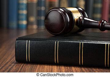 árverezői kalapács, és, törvénykönyv