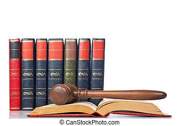 árverezői kalapács, felett, a, kinyitott, törvénykönyv