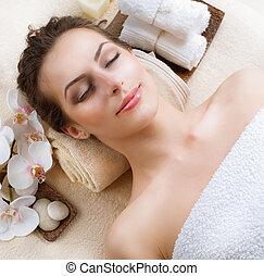 ásványvízforrás, nő, alatt, szépség salon