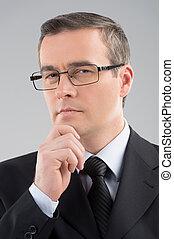 âge moyen, isolé, formalwear, gris, confiant, businessman., portrait, homme