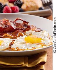 ägg, solig, uppe, bacon., steket, sida