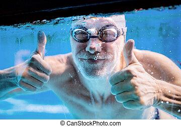 äldre bemanna, simning, in, en, inomhus, simning, pool.
