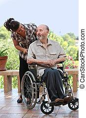 äldre bemanna, ute, för, promenad, rullstol