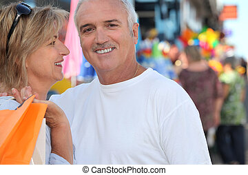 äldre handling, par, tillsammans