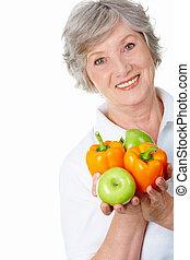äldre, kvinnlig