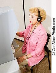 älter, dame, an, der, polls