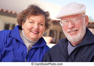 älter, frohes ehepaar, erwachsener