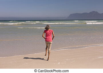 älter, sandstrand, frauenlauf