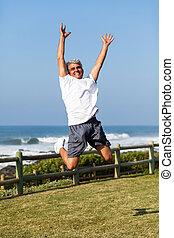 älter, springende , sandstrand, mann
