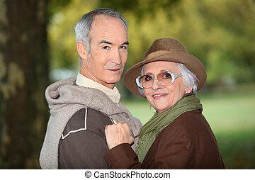 ältere, draußen