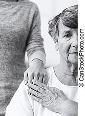 ältere frau, mit, caregiver