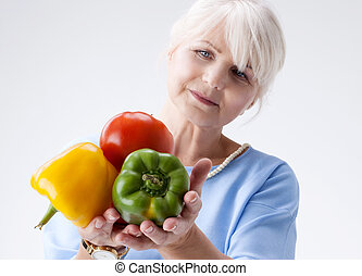 ältere frau, mit, vegetables.