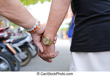 ältere leute, holdind, zusammen, hand