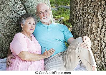 ältere paare, -, entspannend, zusammen
