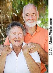 ältere paare, glücklich
