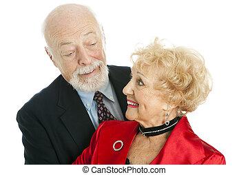 ältere paare, schäkerei