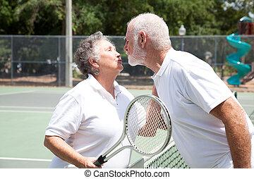 ältere, tennis, kuß