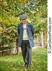 älterer mann