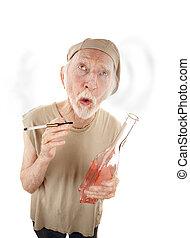 älterer mann, mit, gigarette, und, schnapsflasche