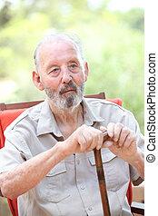 älterer mann, mit, opastock