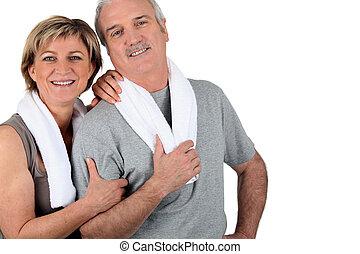älteres ehepaar, nach, trainieren