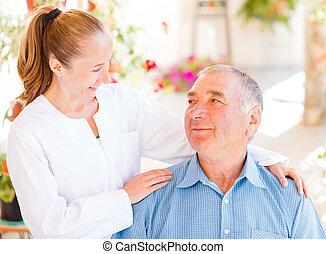 älteres haus, sorgfalt
