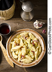 äppelmunkar, polska