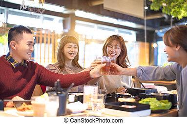 äta, restaurang, folk, ung, rosta, vänner, lycklig