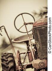 årgång, gammal, röd traktor