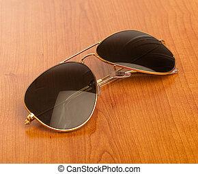 årgång, solglasögon