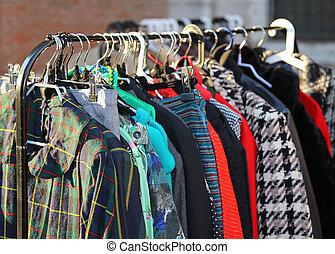 årgång, stil, kläder, till salu, hos, loppmarknad